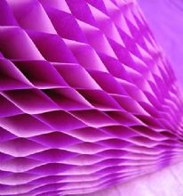 Honeycomb Paper x 1. 17cm x 25cm. Purple/Pink Duo Colours